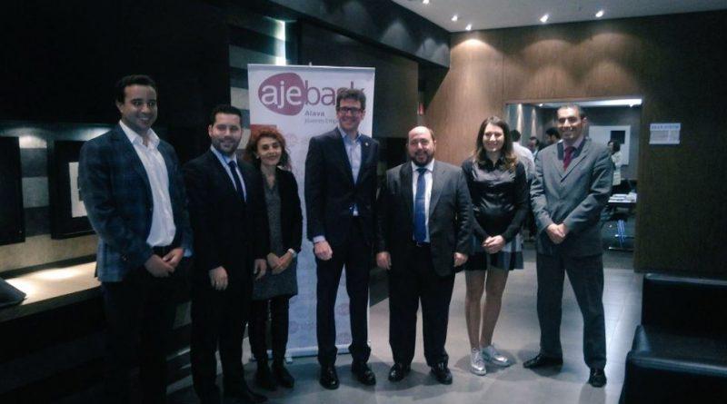 Ajebask y asociados se reúne con el alcalde para establecer nuevas sinergias