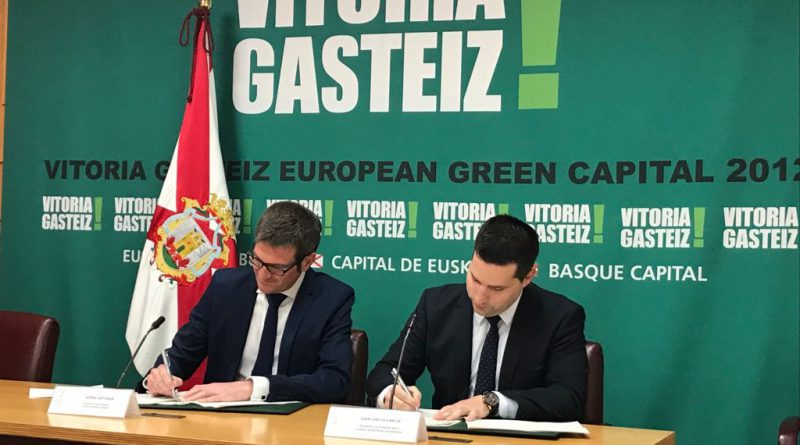 Ajebask Álava y el Ayuntamiento de Vitoria-Gasteiz renuevan su convenio de colaboración para impulsar siete programas de apoyo al emprendimiento